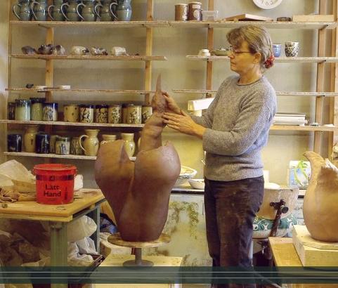 Keramikkonstnär Gunilla Dovsten